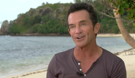 Jeff Probst talks Survivor 2017 cast