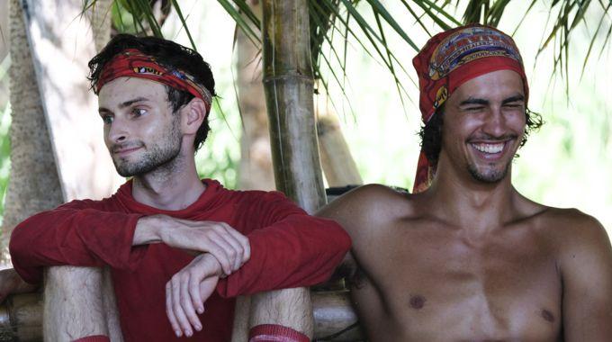 Hustlers Ryan Ulrich and Devon Pinto on Survivor 2017
