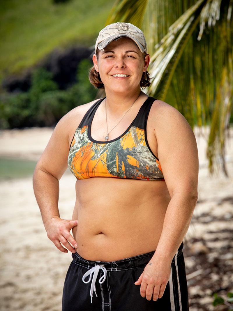 Survivor-39-Elaine
