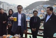 Presiden Jokowi di Gamcheon Village (Sumber: iNews)