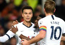 Dele Alli merayakan gol balasan untuk membuat skor 1-1 vs Manchester United. Tetapi akhirnya Spurs kalah oleh gol kedua Rashford melalui titik penalti. (Sumber Foto: Sportskeeda)