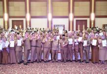 Sekretaris Daerah (Sekda) Kepulauan Riau H TS Arif Fadillah usai Acara Penandatangan Kinerja dan Pakta Integritas Anti Narkoba di Aula Wan Sri Beni, Dompak, Tanjungpinang, Senin (13/01/2020).