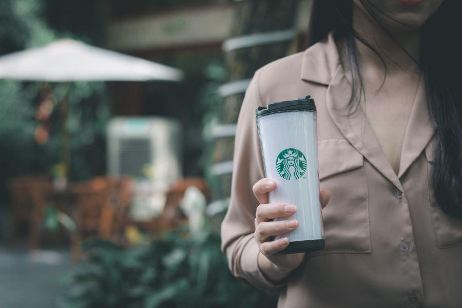 GirlwithStarbuckscoffee