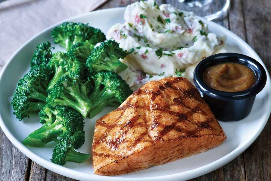 Image of cedar salmon with maple mustard glaze, a healthy choice at Applebee's