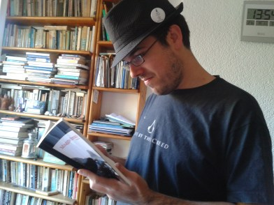 sergi reads at home