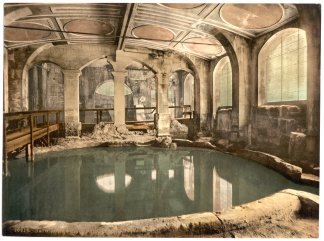 History of Make-up - Perfume Roman Bath