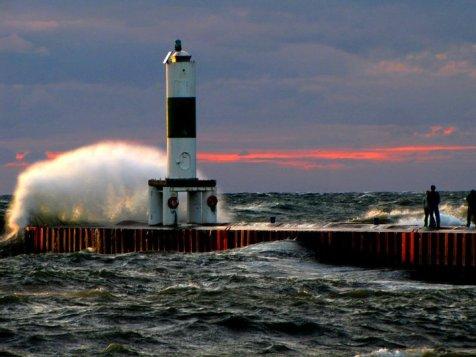 Lake MI Windstorm 10.27.10 (2)
