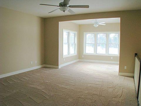 4-season room off living room