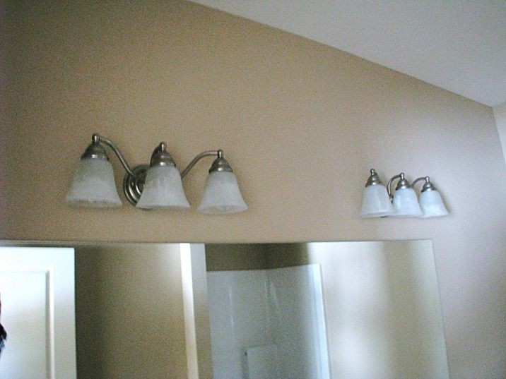 Bathroom Hardware | Sawgrass Condos in Holland, MI