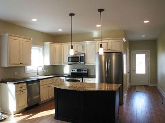 2502 beautiful efficient kitchen