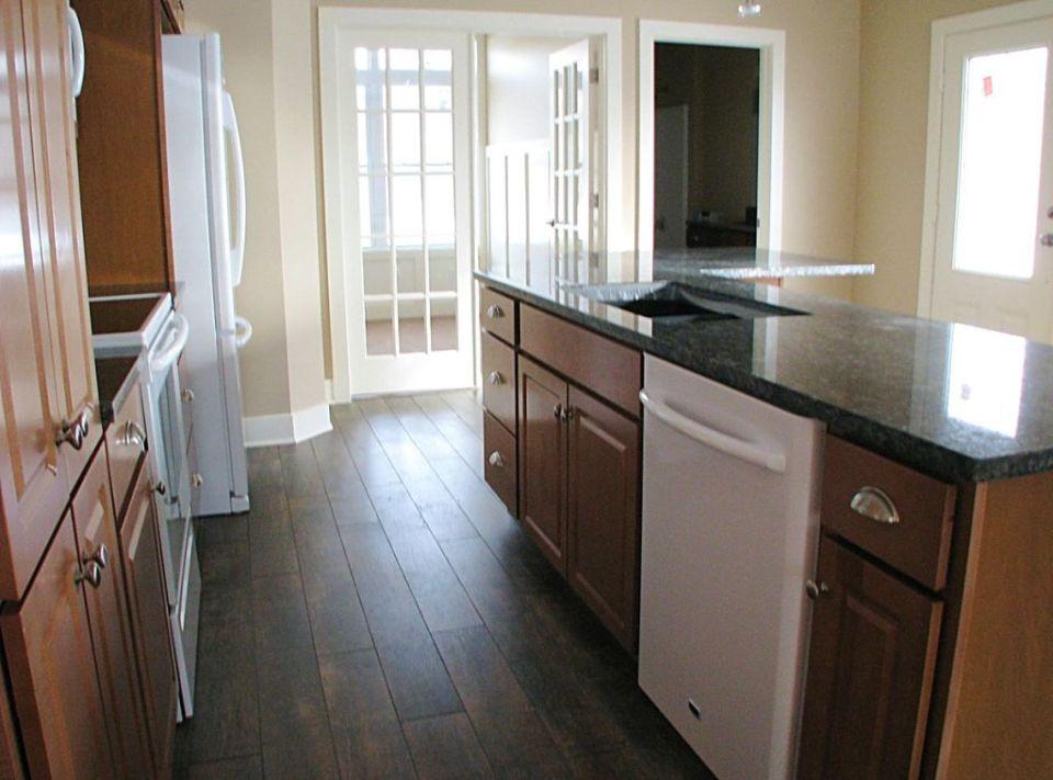 2515 Kitchen with center island work station