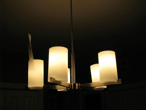 2437 Hanging light in dining area