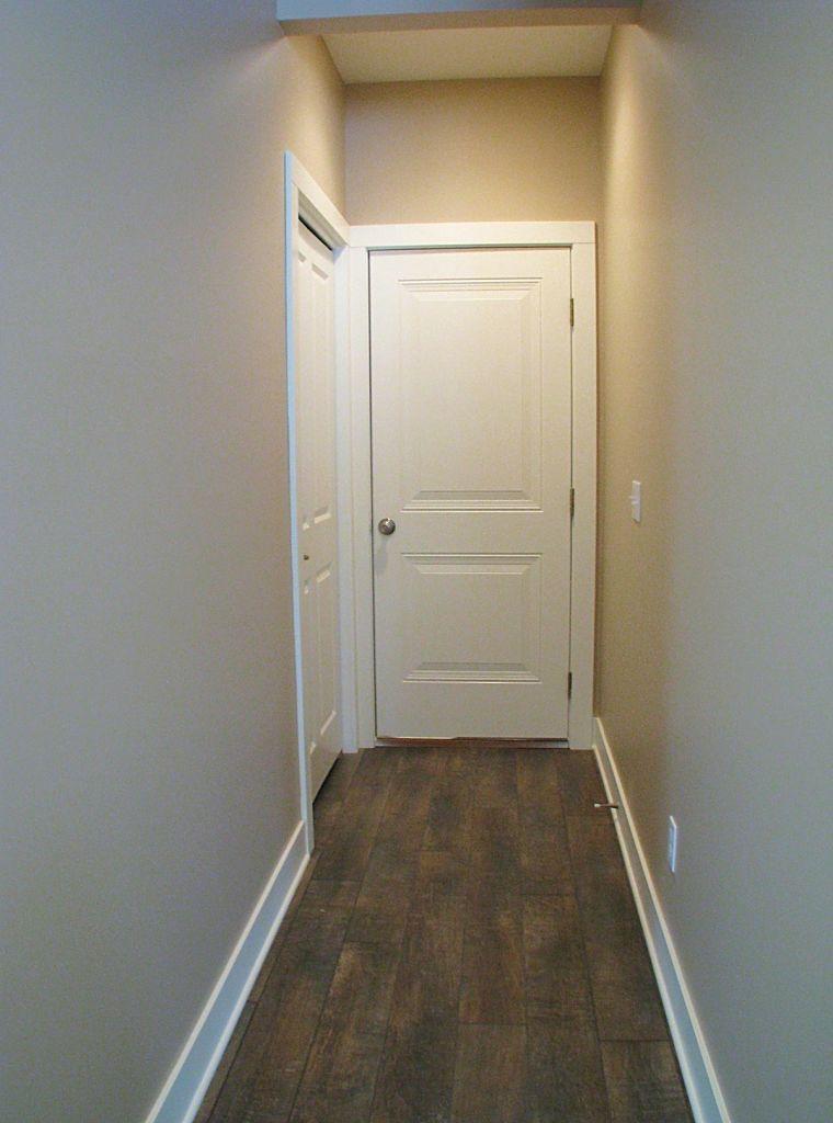2515 Back entry