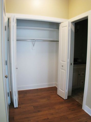 2502 Back closet