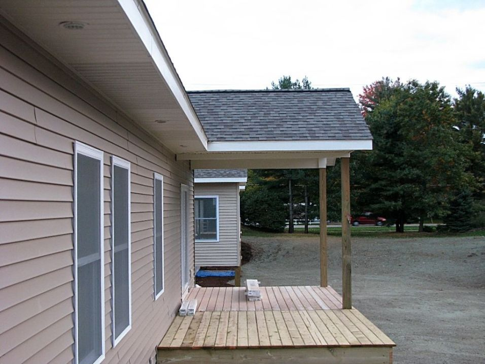 2437 Covered deck