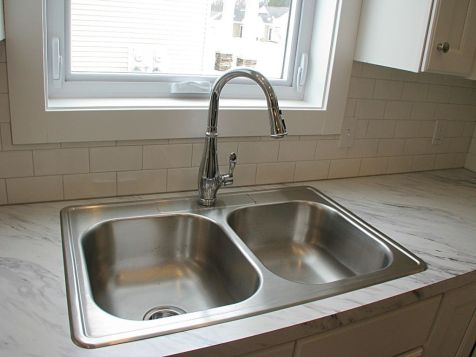 2518 Double sink & high rise faiucet
