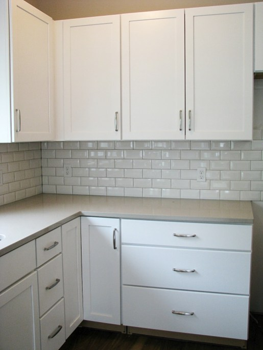 Cabinets-White-Kitchen-No crown molding