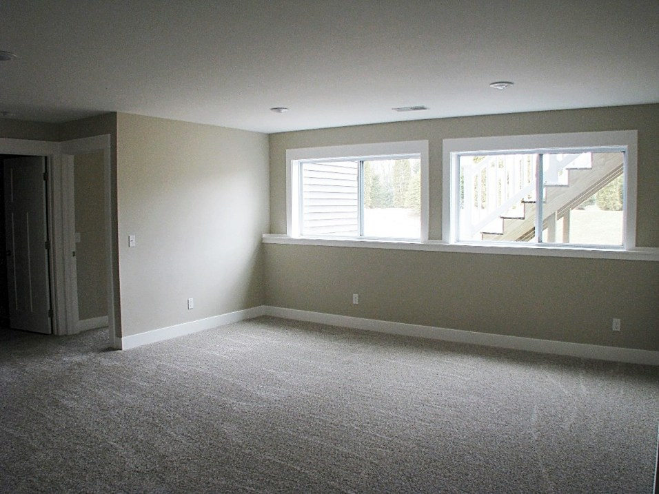 LL-Family Room-01