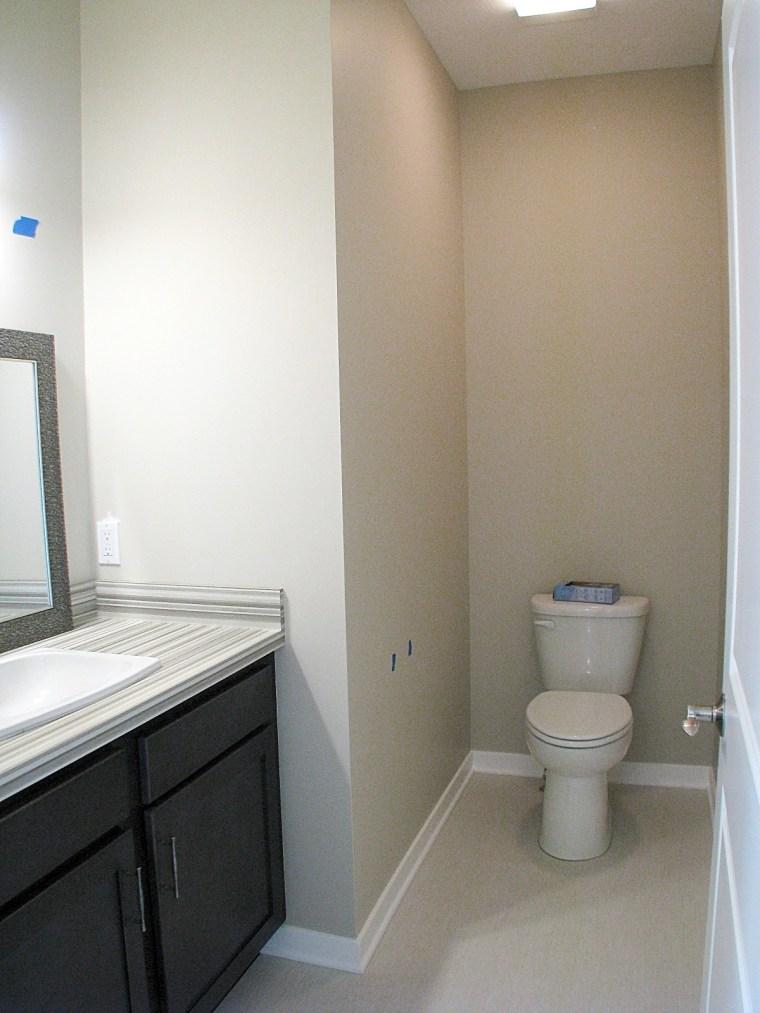 Master bath-Toilet alcove
