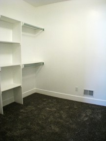 6406 Master bedroom-walk in closet - Copy