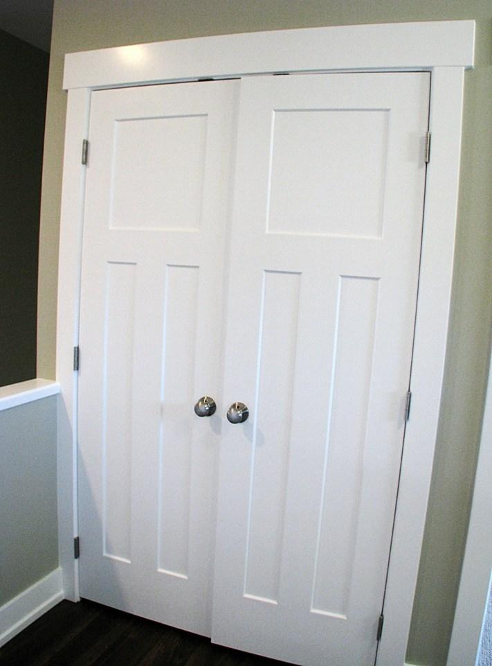 6408 front hall coat closet with double doors (1)