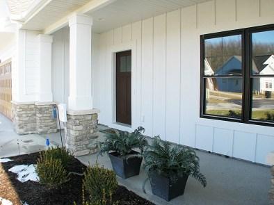6406 front porch 2