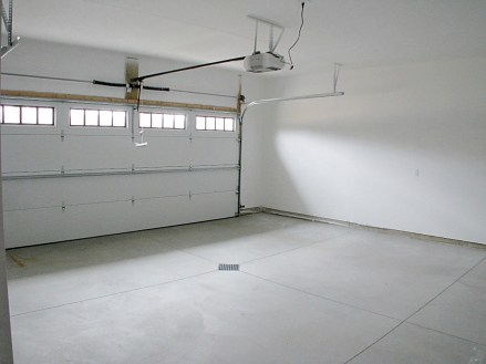 Garage-double-roughly finished+standard