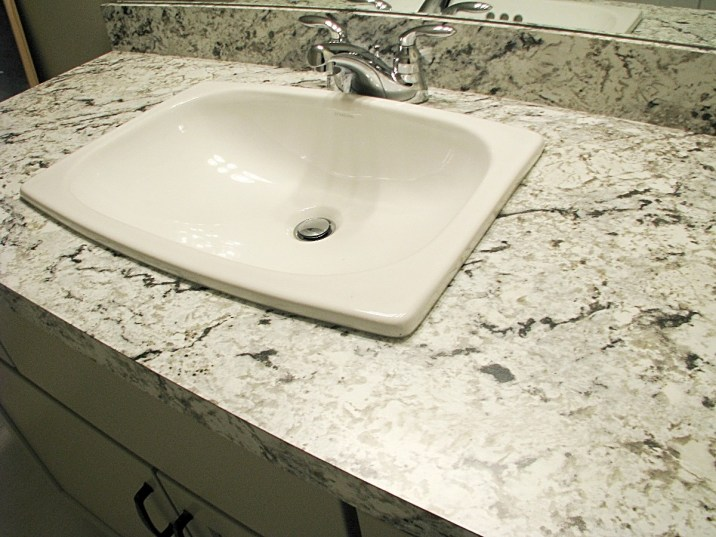 lower bath counter and sink