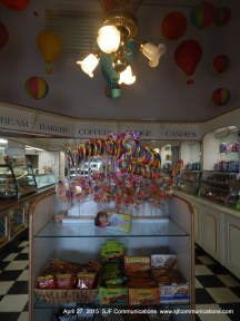 Lloyd's of Avalon Candy Store