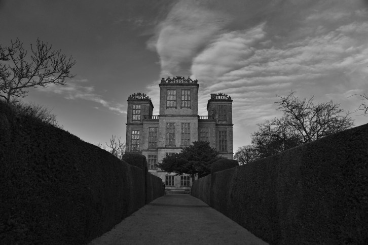 SGP_9298 Susan Guy_Hardwick Hall_Christmas Infrared w