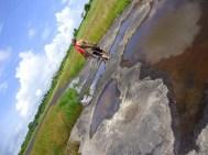 Op het Pitch Lake asfaltmeer in La Brea