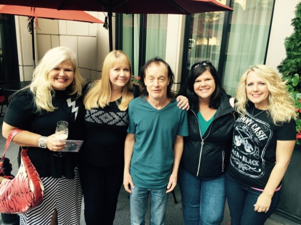 Angus and the girls in Chicago September 16, 2015