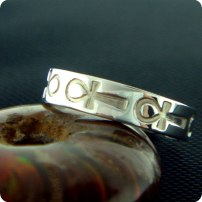 sh00038a_3_ankh-ring_egyptian-silver