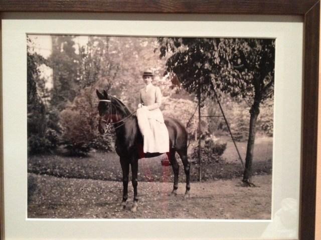 Melanie Gans, Frankfurt 1906. Image at Jewish Museum, Berlin. M S Forrest.
