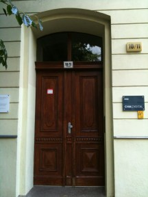 The door of 10 Griebenowstraße.