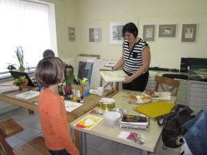 Tanja und Winona Maciejewski im Atelier K-02 - Foto von Susanne Haun