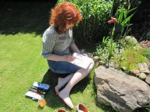 Ich beim Aquarellieren der Schwertlilie - Foto von Erika Zeidler