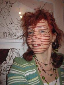 Die Streifen im Gesicht sind lustig - Foto von Susanne Haun