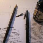 Zur Kalligrafie benötigt man andere Federn - Susanne Haun