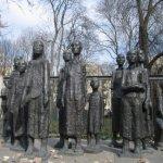 Mahnmal vor dem jüdischen Friedhof - Foto von Susanne Haun