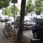 Berlin - Mehringdamm am Straßenrand - Foto von Susanne Haun