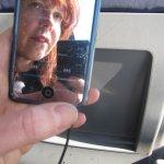 Ich spiegel mich in meinem iPod (c) Foto von Susanne Haun