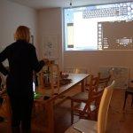 Vorbereitung zum KunstSalon am Dienstag (c) Foto von Susanne Haun