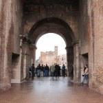 Dimensionen des Innenraums des Kolloseum Rom (c) Foto von Susanne Haun