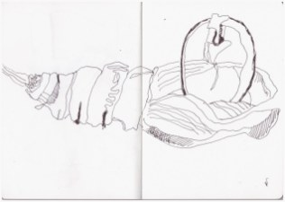 Eine verlassene Puppe (c) Zeichnung von Susanne Haun