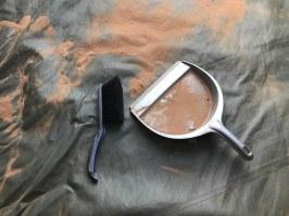 Jeden Tag heisst es Putzen, der Sand kriecht überall hin (c) Foto von Susanne Haun