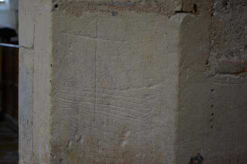 Graffitti aus dem Mittelalter in St Margaret's Church in Cley next the sea (c) Foto von M.Fanke