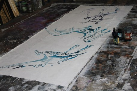 Entstehung Das unsichtbare Band des Unmöglichen - 200 x 70 cm - Tusche auf Leinwand (c) Zeichnung von Susanne Haun