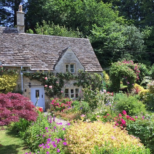 traditional homes and cottage garden