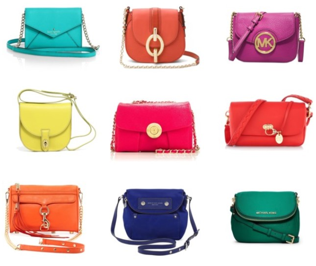 Crossbody Bags: Carefree Sightseeing